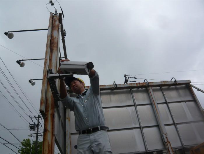 名古屋市で防犯カメラの点検作業