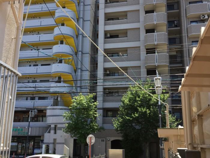 津島市のマンションで防犯カメラ設置