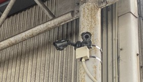 岡崎市の倉庫に防犯カメラ設置